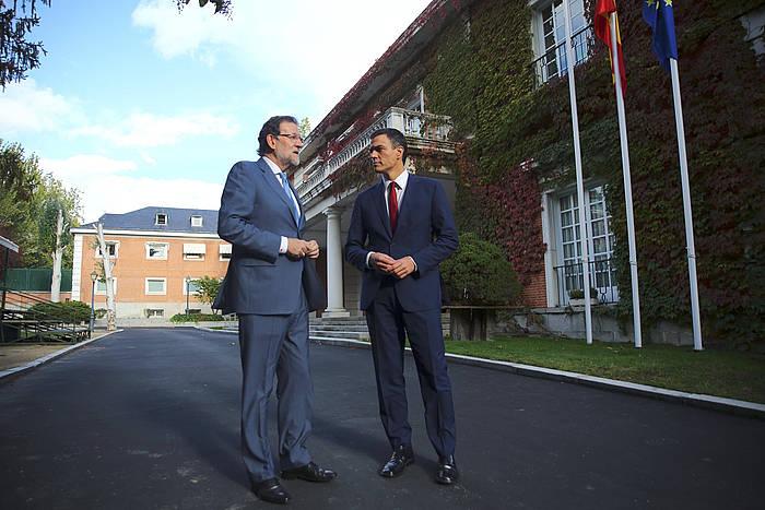 Mariano Rajoy Espainiako Gobernuko presidentea eta Pedro Sanchez PSOEko idazkari nagusia, Moncloako jauregian. ©Alberto Estevez / EFE