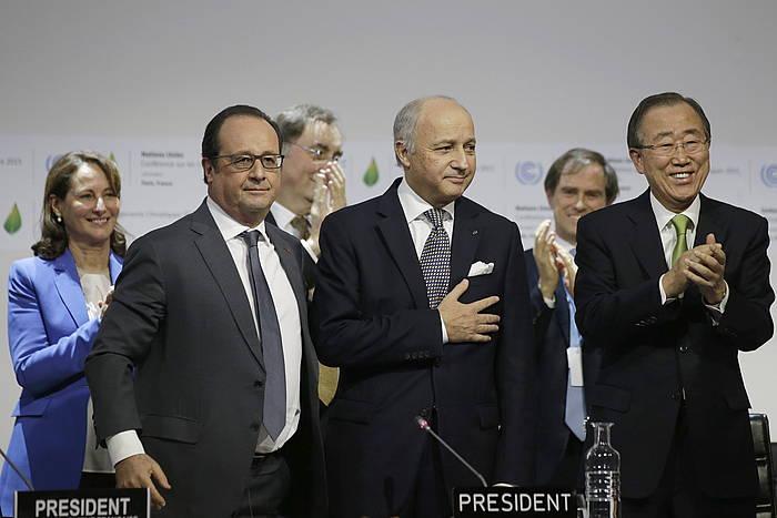 François Hollande, Laurent Fabius eta Ban Ki-moon, gaur, zirriborroa aurkeztu ostean./
