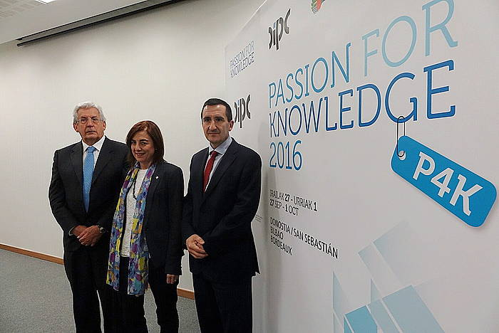 'Passion for Knowledge' kongresuaren aurkezpena.