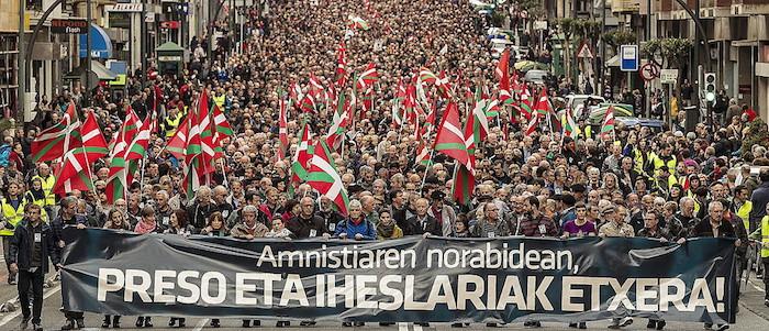 1.650 pasa euskal preso eta iheslari ohik apirilean Bilbon antolatutako manifestazioa. ©Aritz Loiola / Atgazki Press