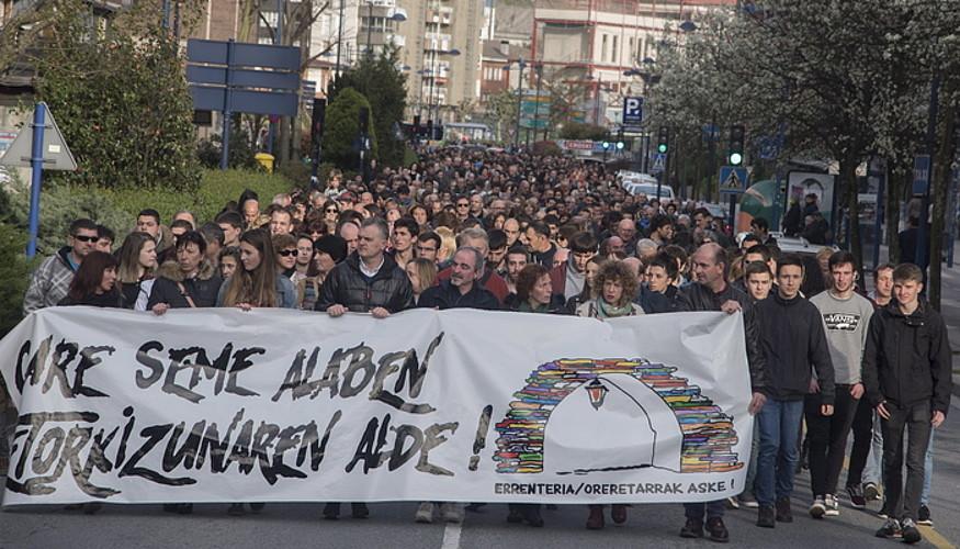 Atxilotuen aldeko manifestazioa, Errenterian (Gipuzkoa).