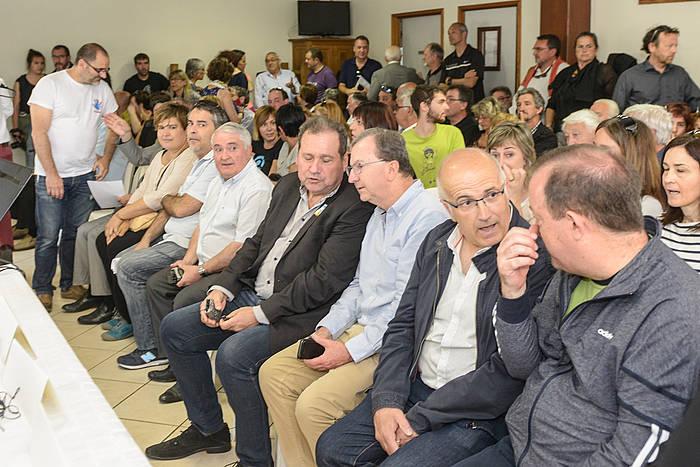Ipar Euskal Herriko hautetsi eta ordezkari politiko andanak erakutsi zioten babesa Seaskari, Herri Urraten antolatu ohi duten ekitaldi intituzionalean