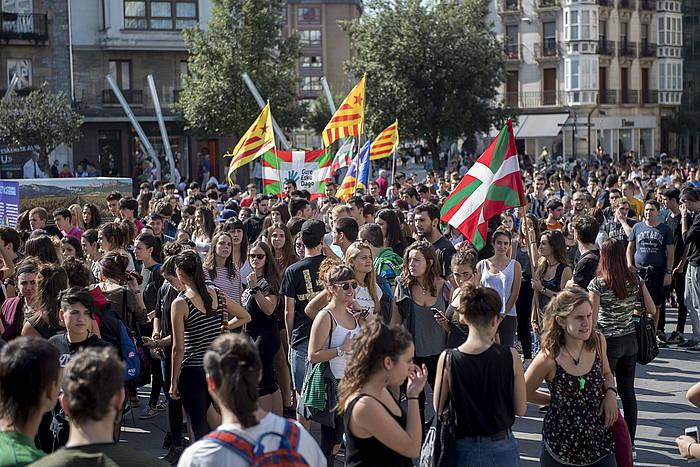Ernairen mobilizazioa Kataluniako erreferendumaren alde, gaur, Gasteizen. ©Juanan Ruiz / Argazki Press