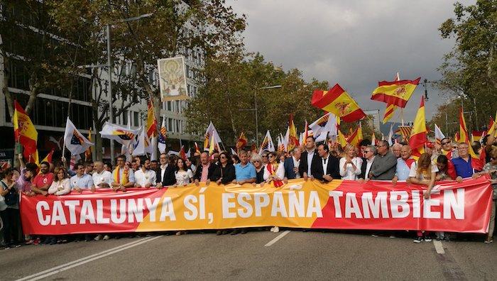 Puigdemont kartzelatzea eskatu dute unionistek Bartzelonan