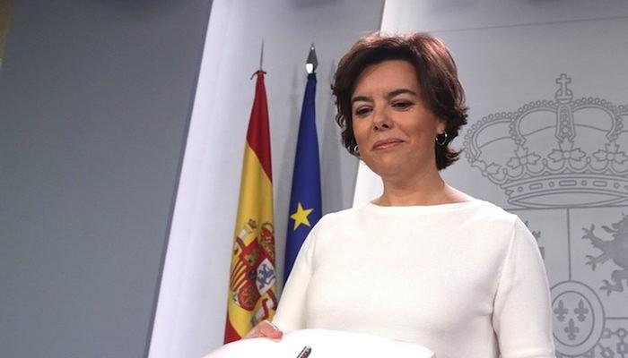 Soraya Saenz de Santamaria Espainiako presidenteordea, atzoko Ministro Kontseiluaren ostean, Madrilen. /