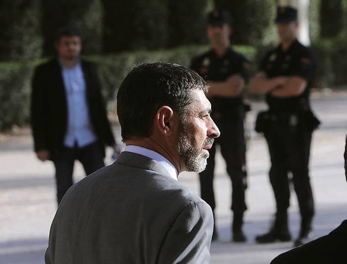 Josep Lluis Trapero mossoetako burua, Espainiako Auzitegi Nazionalera epailearen erabakia entzutera itzuli denean. /