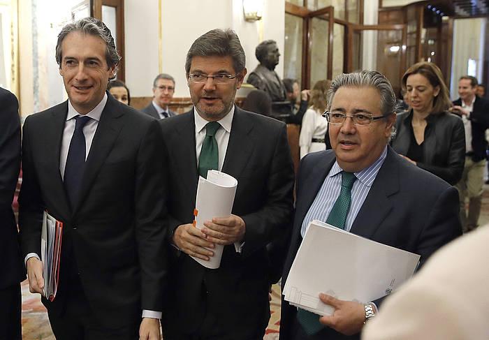 De la Serna, Catala eta Zoido Espainiako ministroak, kongresuan, artxiboko irudi batean. / ©Juan Carlos Hidalgo, EFE