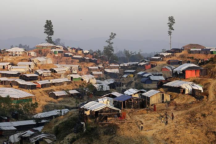 Balukhali kanpamenduan, Bangledehsen, 620.000 rohinya baino gehiago bizi dira. / ©Abir Abdullah, EFE