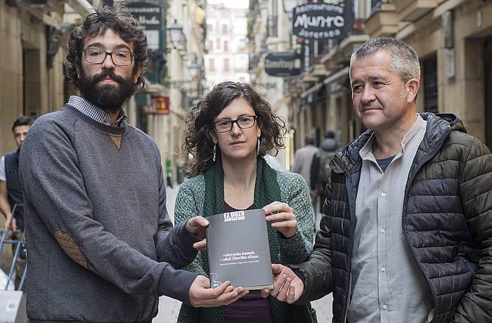Astiz, Rubio eta Barandiaran, gaurko aurkezpenean. / ©Gorka Rubio, Argazki Press
