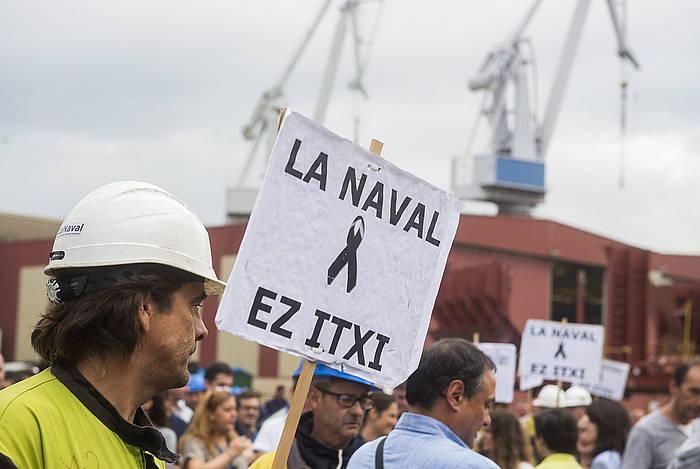 La Naval ontziolako langileen protesta, enpresa hartzekodunen konkurtsoan sartzearen kontra, joan den irailean. / ©Luis Jauregialtzo, Argazki Press