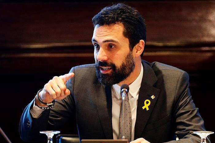 Roger Torrent Kataluniako Parlamentuko presidentea, gaur, parlamentuko mahaiaren bileran. /