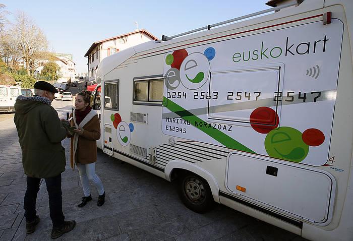 Eusko Karabana, Kanbon (Lapurdi). Artxiboko irudia. ©Bob Edme, Iparla