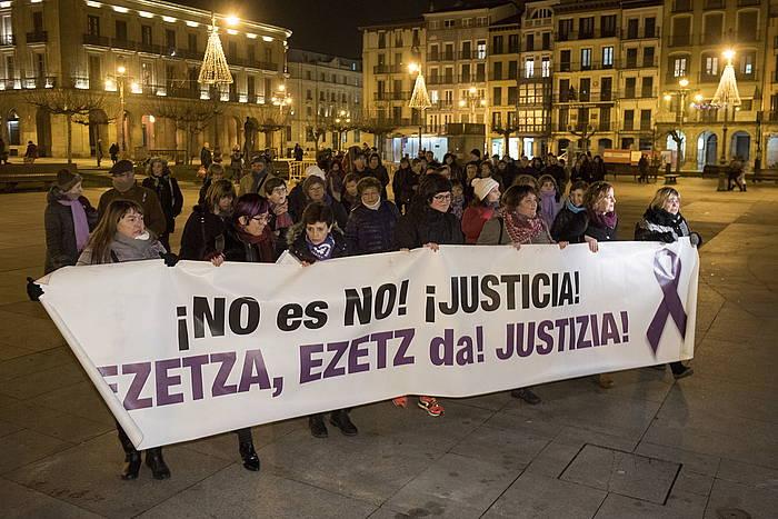 Astelehen Lilak plataformaren elkarretratze bat, Iruñean. / ©Iñigo Uriz, Argazki Press