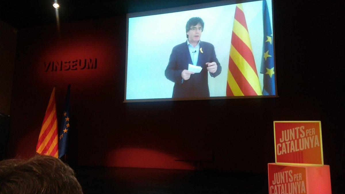 Puigdemonten agerraldia Junts per Catalunyaren kongresuan. / ©BERRIA