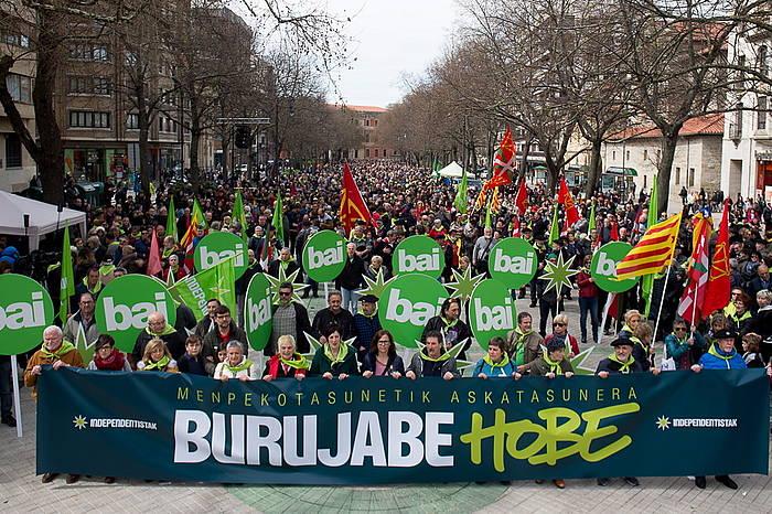 Independetistak sareak Euskal Herriaren independentziearen alde Iruñean egin duen mobilizazioa, Aberri Egunaren harira. / ©Iñigo Uriz, Foku
