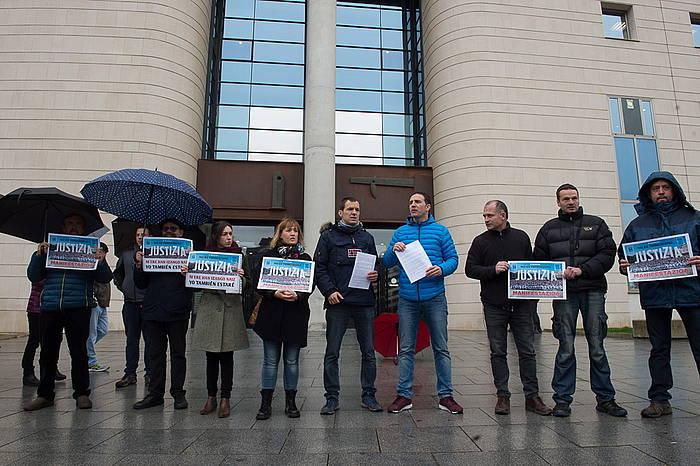 Zazpi sindikatuk elkarretaratzea egin dute, Altsasuko gazteen alde ©IÑIGO URIZ / FOKU