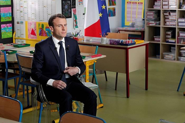Emmanuel Macron, Berd'huis herriko eskolan eskainitako elkarrizketan. ©Yoan Valat / Efe