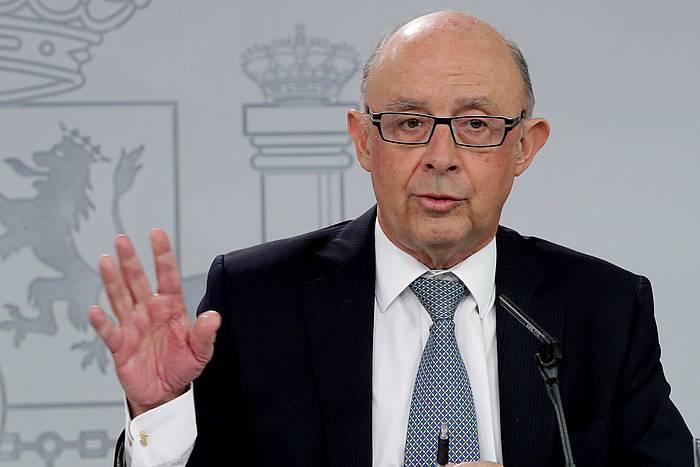 Cristobal Montoro Espainiako Ogasun ministroa, Ministro Kontseiluaren ondorengo prentsaurreko batean. Artxiboko irudia. ©Zip, EFE