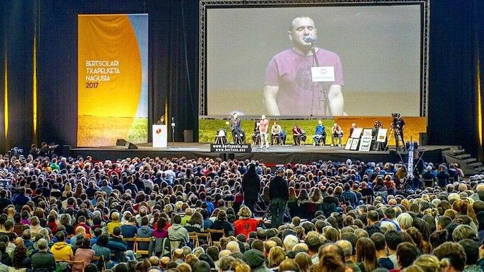 Euskal Herriko Bertsolaritza Txapelketa Nagusiko finala, 2017ko abenduan, Barakaldoko BEC erakustazokan (Bizkaia). / ©