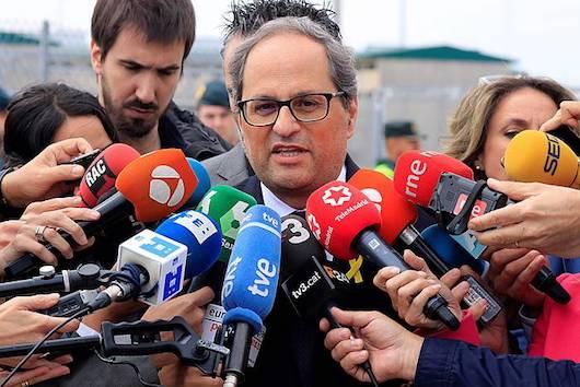 Quim Torra Kataluniako presidentea, gaur, Madrilgo Estremera espetxetik irten ondoren, hedabideei adierazpenak egiten. /