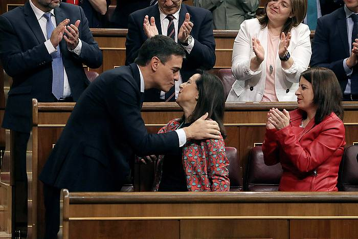 Pedro Sanchez eta Margarita Robles, Kongresuan. /