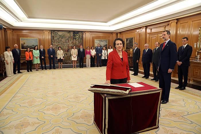 Magdalena Valerio Lan ministroaren kargua hartzen. ©J.J. GUILLEN / EFE