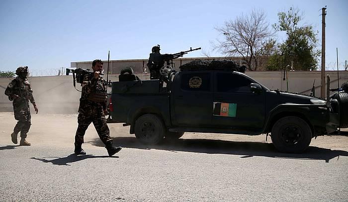 Militarrak Jalalabad hiriko kaleak zaintzen. / ©Ghulamullah Habibi, EFE