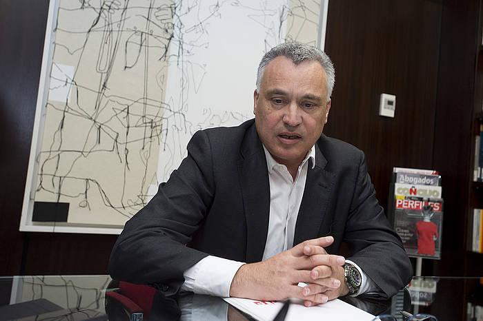 Javier Eneriz Arartekoa, artxiboko irudi batean. /