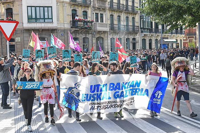 Altsasuko auzian zigortutako presoen aldeko manifestazioa egin dute, gaur, ehunka gaztek, Iruñean. / ©Idoia Zabaleta, Foku