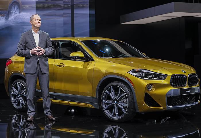 BMW auto bat, Detroiteko auto azokan