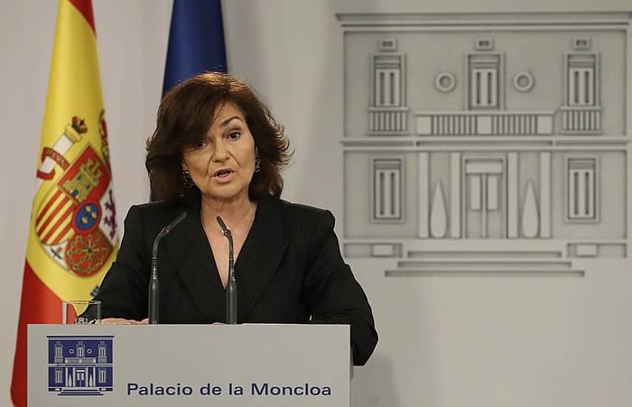 Carmen Calvo Espainiako presidenteordea, atzo, hedabideen aurreko agerraldian, Moncloa jauregian. /