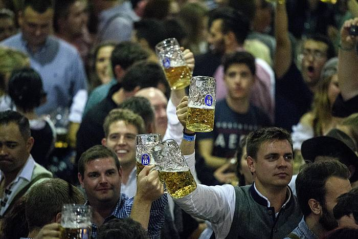 Oktoberfest garagardo festa, Alemanian.