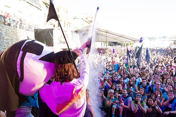 Donostiako Piraten txupinazioa, iaz, Donostiako kaian. / ©Donostiako Piratak