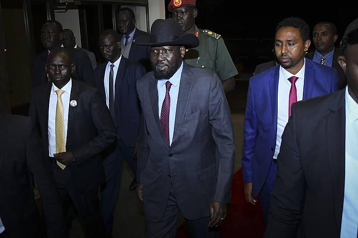 Salva Kiir Hego Sudango presidentea bake ituna isntazeko negoziazioetarako bidean./