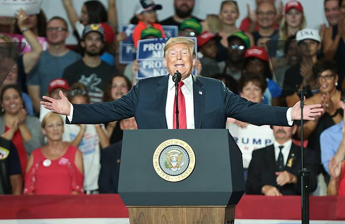 Donald Trump, Ohion, artxiboko argazki batean. Prentsa askatasunren aurka egitea egotzi diote AEBetako presidenteari. /
