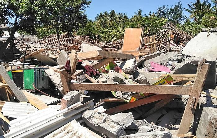 Lombok uhartean lurrakikara gertatu ondoren./