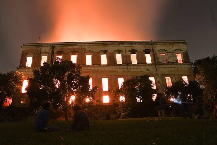 Rio de Janeiroko Museo Nazionala, su garretan. /
