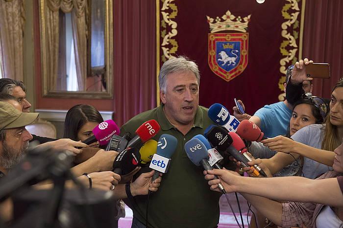 Joseba Asiron Iruñeko alkatea, artxiboko argazki batean. / ©Iñigo Uriz, Foku