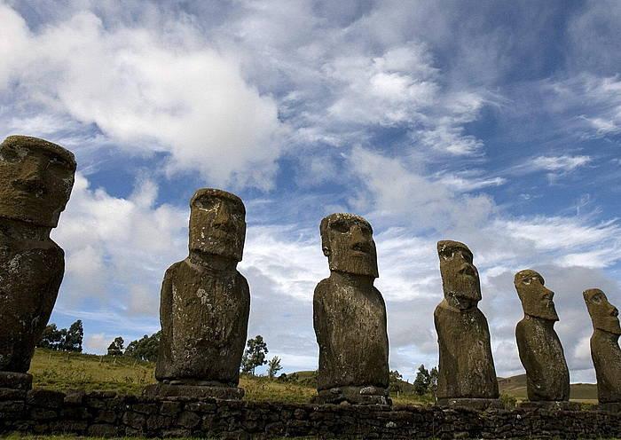 Rapanuien ondare ezagunena, moai eskulturak. / ©Ian Salas