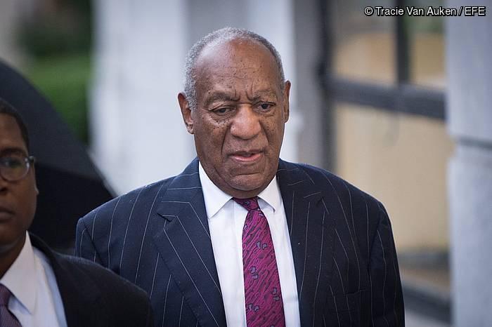 Cosby, gaur, auzitegira sartzen ©