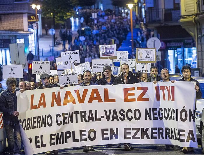 Navaleko langileek deitutako manifestazioa, gaur, Barakaldon (Bizkaia).