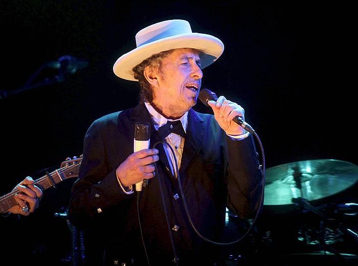 Bob Dylan, 2012an, Benicassimgo musika jaialdian (Herrialde Katalanak), zuzeneko emanaldian. ©Domenech Castello / EFE