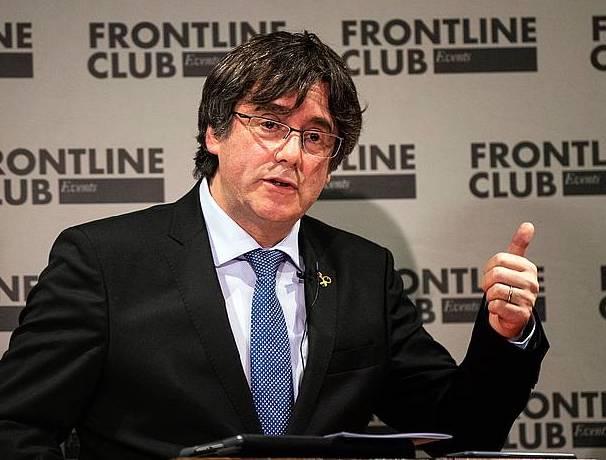 Carles Puigdemont Kataluniako presidente ohia, joan den abenduan, Londresen eskaini zuen hitzaldi batean. ©Will Oliver, EFE