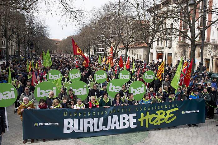 Independentista sareak iazko apirilaren 1ean Iruñean egindako Aberri Eguneko mobilizazioa.