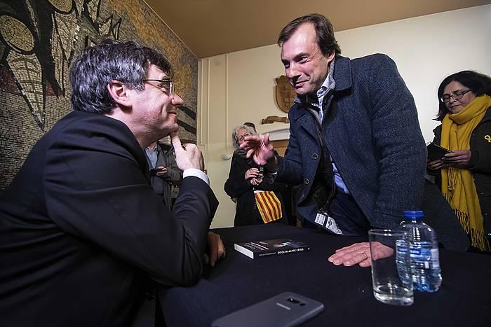 Carles Puigdemont, Herbehereetan egindako agerraldi batean. /