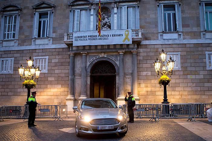 Torra presidentea Kataluniak Generalitatearen egoitzatik irteten, martxoaren 13an. ©Quique Garcia, EFE.