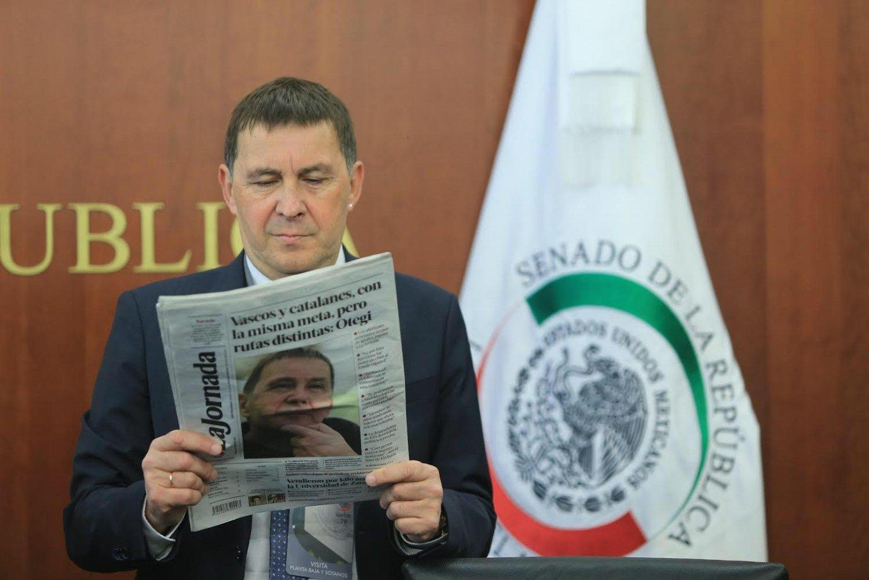 Arnaldo Otegi EH Bilduko koordinatzaile nagusia, gaur, Mexikon, 'La Jornada' egunkariarekin. ©
