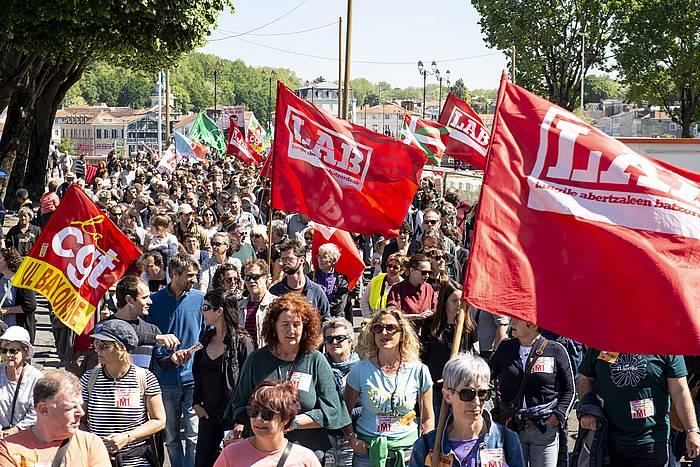 LABen eta CGTren manifestazio bateratua, Baionan.