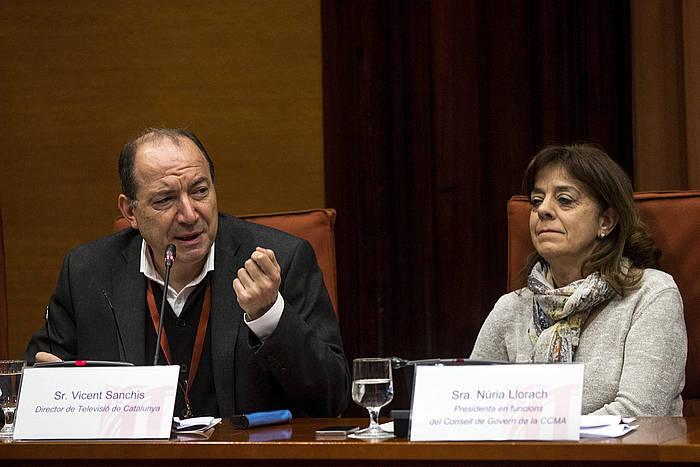 TV3eko buru Vicent Sanchis eta CCMAko jarduneko presidente Nuria Llorach, artxiboko argazki batean. /