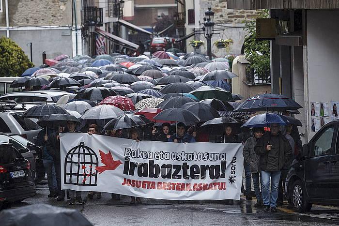 Josu Urrutikoetxearen aldeko mobilizazio, orain bi aste, Ugaon ©Aritz Loiola / Foku